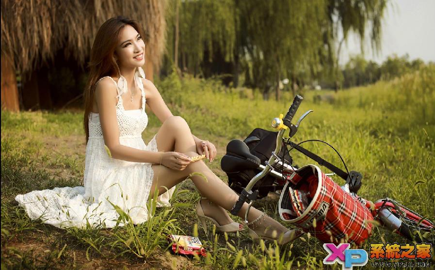 单车美女桌面壁纸1280x800